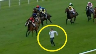Stupid Guy Tries To Race Horses At Leicester