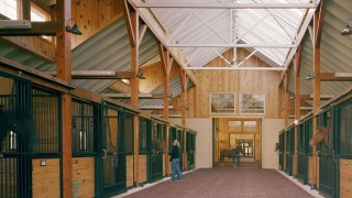 Natural light & ventilation in horse barns